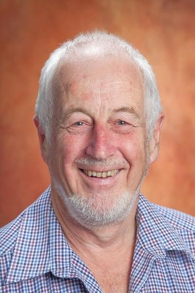 Campbell Macknight